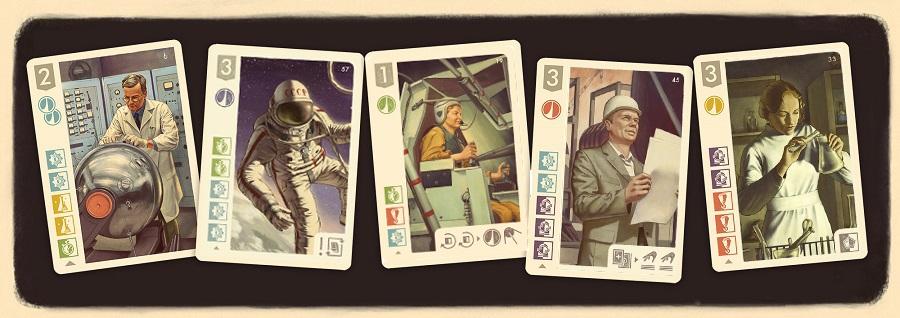 Космонавты играют в карты играть с выводом денег в казино вулкан